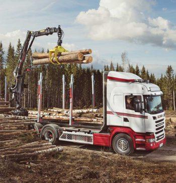 HIAB NM i Skogskrankörning och HiVision